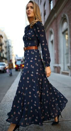 30 DRESSES IN 30 DAYS: Meet The Parents // Navy floral tie-neck maxi dress with navy suede stiletto pumps, a brown leather circle waist belt and a bro. Fall Dresses, Cute Dresses, Casual Dresses, Dresses Dresses, Wedding Dresses, Maxi Dress With Sleeves, Floral Maxi Dress, Floral Tie, Sleeve Dresses
