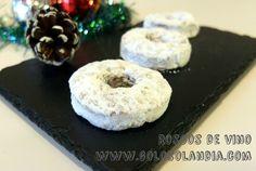 Delicioso dulde de navidad: Roscos de vino fácil receta casera, paso a paso  http://www.golosolandia.com/2014/12/roscos-de-vino.html