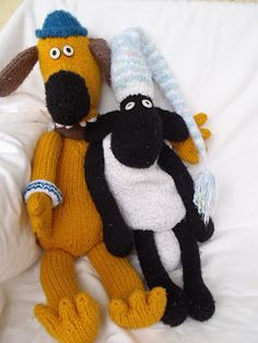 be9532416a1 Shaun the Sheep and Blitzer. Free knitting Pattern Knitted Dolls