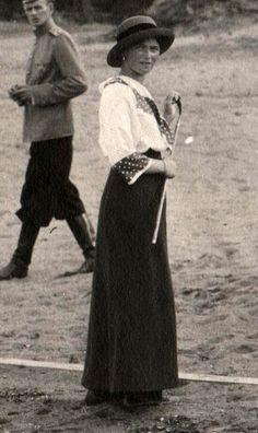 Grand Duchess Olga Romanov Vintage Photographs, Vintage Photos, Olga Romanov, Familia Romanov, Romanov Sisters, Grand Duchess Olga, House Of Romanov, Alexandra Feodorovna, Tsar Nicholas Ii