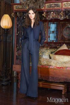 Alice+Olivia ha enfocado su colección para Pre-Fall 2015 en la musa icónica de Yves Saint Laurent de los años 70