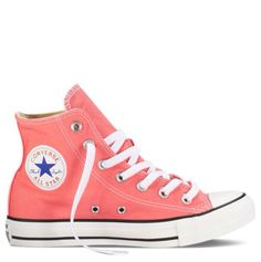 Never been, but we imagine Rio carnival to be all about dancing, partying and chasing boys down secret side streets. Pfft, no need to go to Brazil, you can do all the above in the carnival pink All Star Hi Chucks from Converse. Converse All Star, Converse Rose, Cute Converse, Outfits With Converse, Converse Sneakers, Hightop Shoes, Pink Sneakers, Canvas Sneakers, Converse High Tops Colors