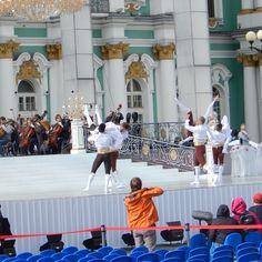 Ballett auf dem Palastplatz, vor der Eremitage