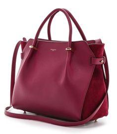 Fuchsia. #Pompabüdel #Handtasche #Accessoires #Look #Fashion #Blogger #Style #EuropaPassage #EuropaPassageHamburg #Deern #Hamburgstyle #2015