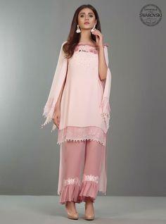 Zainab Chottani Rose Pink Quartz Eid Collection 2017 - Original Online Shopping Store Whatsapp: 00923452355358 Website: www. Pakistani Fashion Casual, Pakistani Dresses Casual, Eid Dresses, Pakistani Dress Design, Party Wear Dresses, Fashion Dresses, Fashion Pants, Pakistani Bridal, 80s Fashion
