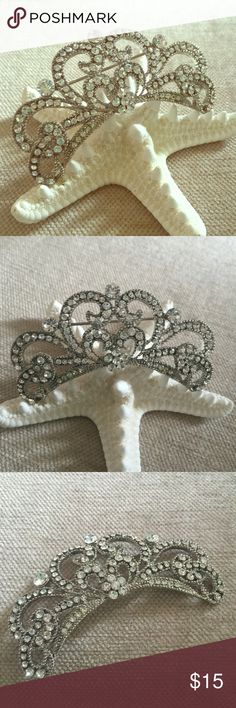 """Glam Betsey Johnson Crystal Princess Crown pin Beautiful Crystal crown pin by Betsey Johnson. Crown is studded in glam crystals and is over 3"""" wide. Looks great when worn on a sweater or a purse. I even pinned it in my hair by putting it on with a bobby pin. In MINT condition Betsey Johnson Jewelry Brooches"""