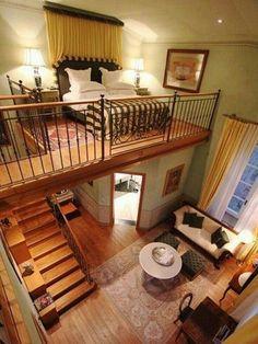 Awesome Tiny Apartment with Loft Space Ideas - Casas loft - Apartment Interior Balcony, Home Interior Design, Tiny Homes Interior, Simple Interior, Contemporary Interior, Loft Spaces, Small Spaces, Small Loft Bedroom, Tiny House Bedroom