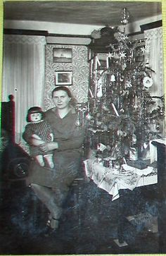 Vintage photo circa 1930 Christmas tree-sized doll Ore + catalog addition!