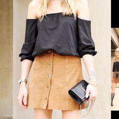 TOPSHOP suede tan mini skirt sz 4 nwt Snap front tan suede mini skirt Topshop Skirts Mini