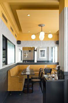 HERITAGE TASARIM WHATSAPP'TAN İLETİŞİME GEÇİNİZ 🙏 05356252591 #mimari #proje #uygulama #tasarım #dekorasyon #dizayn #design #dresuar #konsol #tvünitesi #ortasehpa#bench #cafe #sandalye #sehpa #koltuk #berjer #mobilya #kanepe #mermermasa #koltuk #barsandalyesi #sedir modelleri Restaurant Booth Seating, Decoration Restaurant, Luxury Restaurant, Restaurant Interior Design, Cafe Interior, Restaurant Lighting, Turkish Restaurant, Restaurant Interiors, Luxury Interior