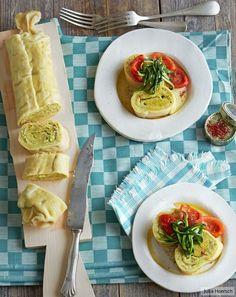 Zucchini als Füllung und Topping, dazu Safran-Tomaten-Butter. Ganz fein und vegetarisch!