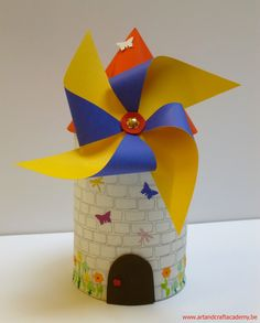 Diy For Kids, Crafts For Kids, Art And Craft, Montage Photo, International Day, Le Moulin, Windmills, Origami, Kids Room