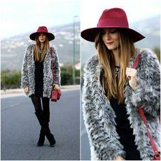 Sheinside Coat, Imperio Clandestino Bag, Zara Boots http://marilynsclosetblog.blogspot.com.es/2014/01/burgundy-hat.html
