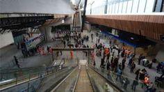London Bridge upgrade offers relief for rail passengers - BBC News