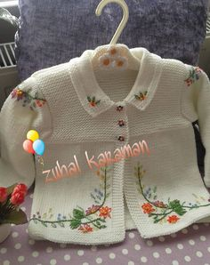 "Pattern description from Vogue Knitting, Spring/Summer ""'I designed this sweater nine years ago, when I was expecting my second baby, my first and only gi Baby Knitting Patterns, Knitting For Kids, Crochet For Kids, Baby Patterns, Knit Crochet, Knitted Baby Cardigan, Knitted Baby Clothes, Crochet Clothes, Tricot Baby"