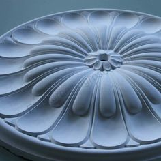 A style large ceiling rose in the form of a flower with bold petals that is often chosen by customers who buy our Art Deco style plaster coving. Outdoor Decor, Roof Ceiling, Interior Design Tips, Plaster, Plaster Ceiling Rose, False Ceiling Design, Ceiling Design, Art Deco, Plaster Ceiling