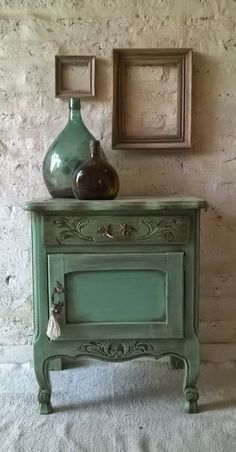 Family Home Interior Correo: Claudia Caggiani - Outlook Diy Furniture Table, Refurbished Furniture, Paint Furniture, Upcycled Furniture, Shabby Chic Furniture, Shabby Chic Decor, Furniture Makeover, Vintage Furniture, Cheap Furniture