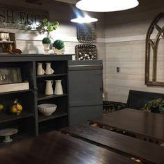 Farmhouse Winter Dining Room Vignette January 2018