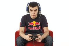 Optic Nadeshot, pro gamer!