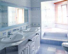 Kék · fürdőszoba · belső · csempék · dekoráció · ablak - stock fotó © Tono Balaguer (lunamarina) (#635993) | Stockfresh