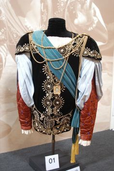 Laurence Olivier's costume