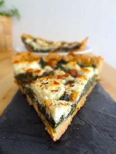Eat Stop Eat To Loss Weight - Tarte aux épinards, chèvre, miel et noix - In Just One Day This Simple Strategy Frees You From Complicated Diet Rules - And Eliminates Rebound Weight Gain Veggie Recipes, Vegetarian Recipes, Healthy Recipes, Quiches, Super Dieta, Healthy Cooking, Cooking Recipes, Food Porn, Salty Foods
