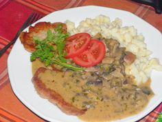 Empanadas, Pho, Bacon, Curry, Bulgur, Curries, Empanada, Pork Belly