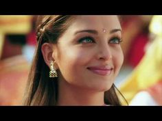 She is one of the most beautiful women i have ever seen in my life. Diy Beauty Face, Beauty Makeup, Hair Beauty, Aishwarya Rai Photo, Lisa, World Most Beautiful Woman, Beautiful Blue Eyes, 90s Aesthetic, Radiant Skin