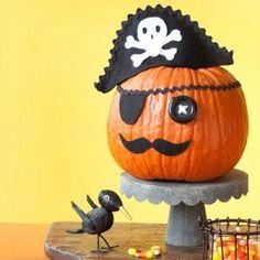 How to Make a Halloween Pirate Pumpkin