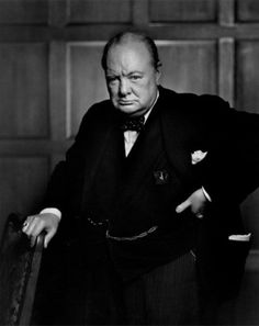 Winston Churchill, 1941 / portrait by Yousuf Karsh. I quite like this photo of Churchill. Winston Churchill, Churchill Quotes, Famous Portraits, Famous Photos, Iconic Photos, Colorized Historical Photos, Colorized History, Yousuf Karsh, Celebridades Fashion