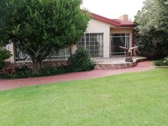 34 Properties and Homes For Sale in Three Rivers, Vereeniging, Gauteng 1 Bedroom Flat, 4 Bedroom House, Maps Street View, Three Rivers, Water Lighting, Reception Rooms, Water Tank, Property For Sale