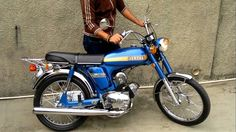 Yamaha YB 50 1972 Yamaha Bikes, Yamaha Motor, Old Motorcycles, Mini Motorbike, Motorcycle Art, Mini Bike, Classic Motors, Classic Bikes, Japanese Motorcycle