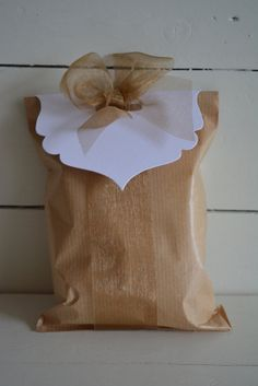 Bag topper from White card stock --- DIY favor bags, DIY wedding invitation, elegant bag topper, party favors or wedding favors