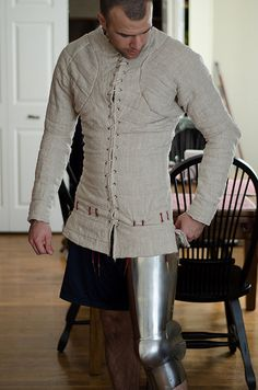 Charles de Blois Pourpoint, a sewing project -- myArmoury.com