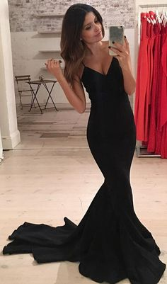 Simple Spaghetti Straps Mermaid Prom Dresses Black Mermaid Sleeveless Evening Gowns