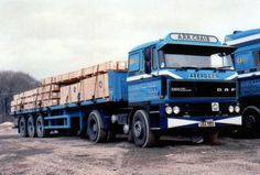 Huge Truck, Old Lorries, Transporter, Commercial Vehicle, Classic Trucks, Old Trucks, Cars And Motorcycles, Rigs, Vehicles
