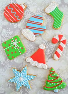 Set of christmas cookies, 4 icing colors, 8 cookies - Kerstkoekjes set - 8 koekjes, 4 kleuren icing - Laura's Bakery