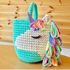 Crochet Handbags This crochet unicorn bag is adorable! Crochet For Kids, Crochet Crafts, Crochet Yarn, Yarn Crafts, Crochet Projects, Free Crochet, Crochet Boots, Crochet Handbags, Crochet Purses