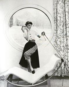 Photograph by Derujinsky, Harper's Bazaar, December 1951.
