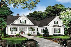 Farmhouse Exterior - Front Elevation Plan #929-1053