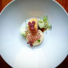 Chicken thigh jerusalem artichoke puré beet tuile and chicken liver jus by @andreas_malmberg Tag your best plating pictures with #armyofchefs to get featured. - find more inspiration and some of the best culinary jobs on our site!