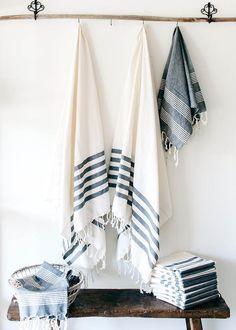 Stunning 81 Turkish Towels Bathroom Variation You Might Want To Know Home Decor Accessories, Bathroom Accessories, Textiles, Deco Marine, Buy Fabric Online, Turkish Cotton Towels, Bathroom Towels, Bath Towels, Linen Towels