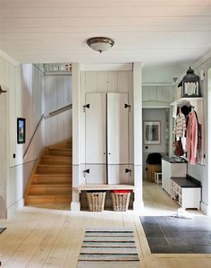 mudroom entry mudroom would be perfection in my house House Design, New Homes, House Interior, Mudroom, House, Small Spaces, Home, Interior, Home Decor