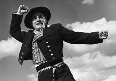 South Osthribotnia men's costume - Tauno Palo, Härmästä poikia kymmenen (1950)