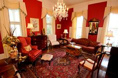 A historic bed and breakfast in Charleston, SC