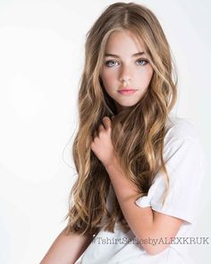 Jade Weber as the youngest daughter,