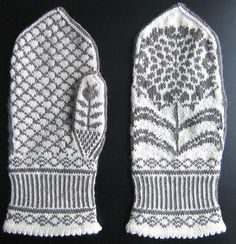 I need to learn how to knit fair isle just so I can make these. I have a thing for mums, and for mittens, so these are perfect.