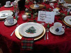Christmas tea table decorations | ... Tea: Holiday Fundraiser Tea Table Theme: A Cup of Christmas Tea