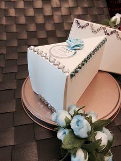 Wedding Favor Box / Wedding Cake Box / Bridal Shower by NjCreation, $18.00