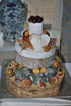 Ford farm cheese wedding cakes